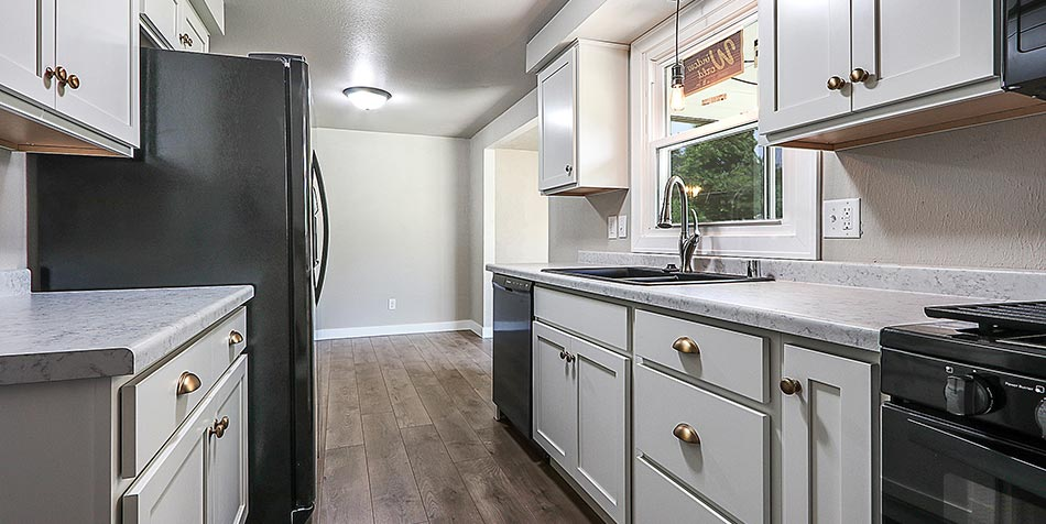 Juniper Drive Kitchen 1