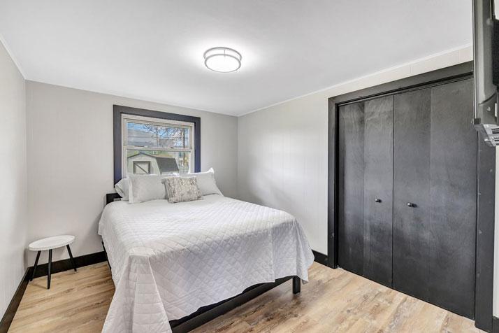 1095 Shadow Lane Bedroom 4